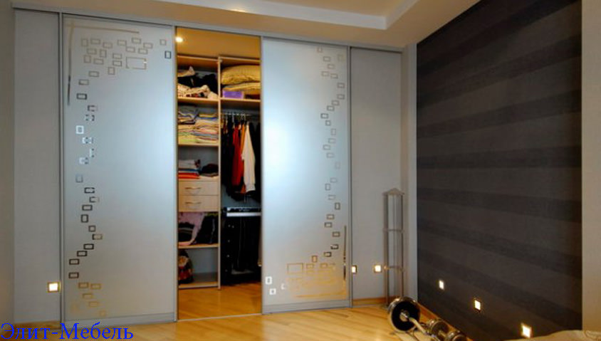 стоимость гардеробной комнаты